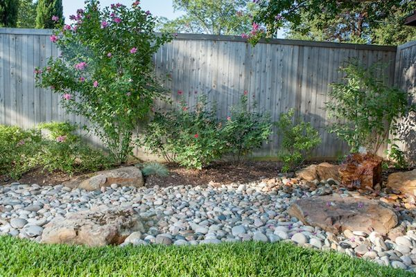 how to make dry river bed garden